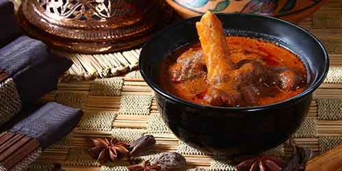 Mutton Roganjosh, Chor Bizarre